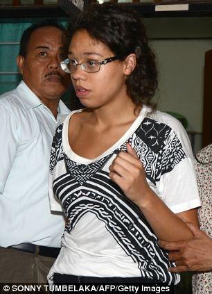 Μπαλί: Σκότωσε τη μητέρα της και την έβαλε σε μια... βαλίτσα!